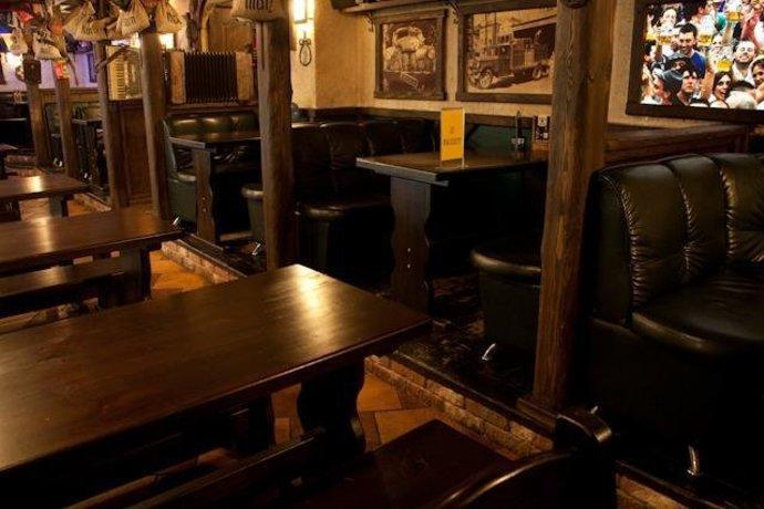 Beer House / Бир Хаус на Новаторов