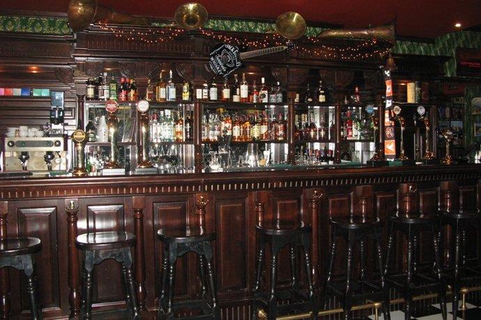 Gordon's Bar / Гордон'c Бар