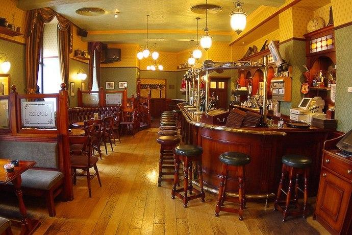 Churchill`s pub / Черчилль